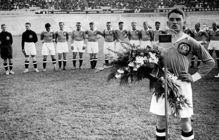 """El fútbol en la URSS, los orígenes del """"equipo del pueblo"""" FC Spartak de Moscú y la vida de Nikolái Stárostin, entre la cancha y el Gulag"""