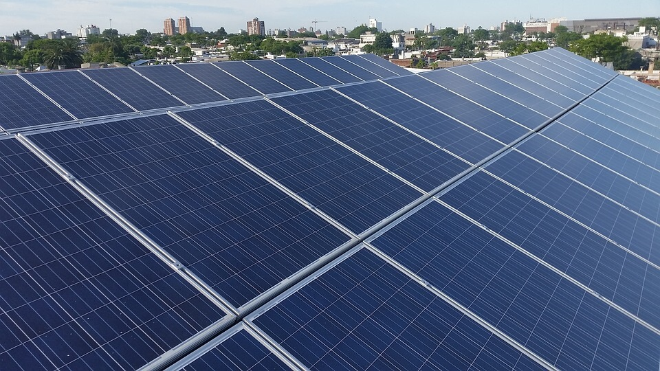 El astro proveedor: energía solar en Uruguay
